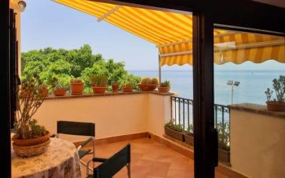 Ferienhaus Sant' Elia, Dachterrasse mit Meerblick (8)