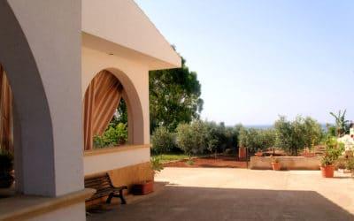 Ferienhaus Selinunte Blick vom Eingang (2)
