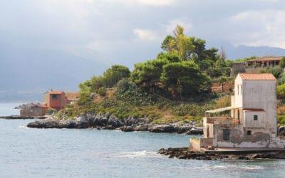 Sant' Elia, malerisches Haus am Meer (1)