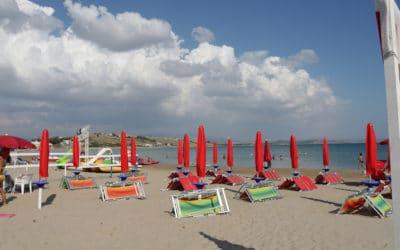 Strand gegenüber der Villa (1)