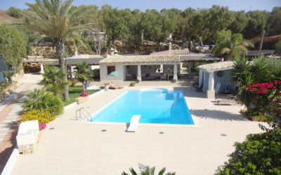 Villa Portopalo mit Pool und Garten (1)
