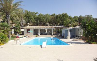 Villa Portopalo mit Pool und Garten (3)